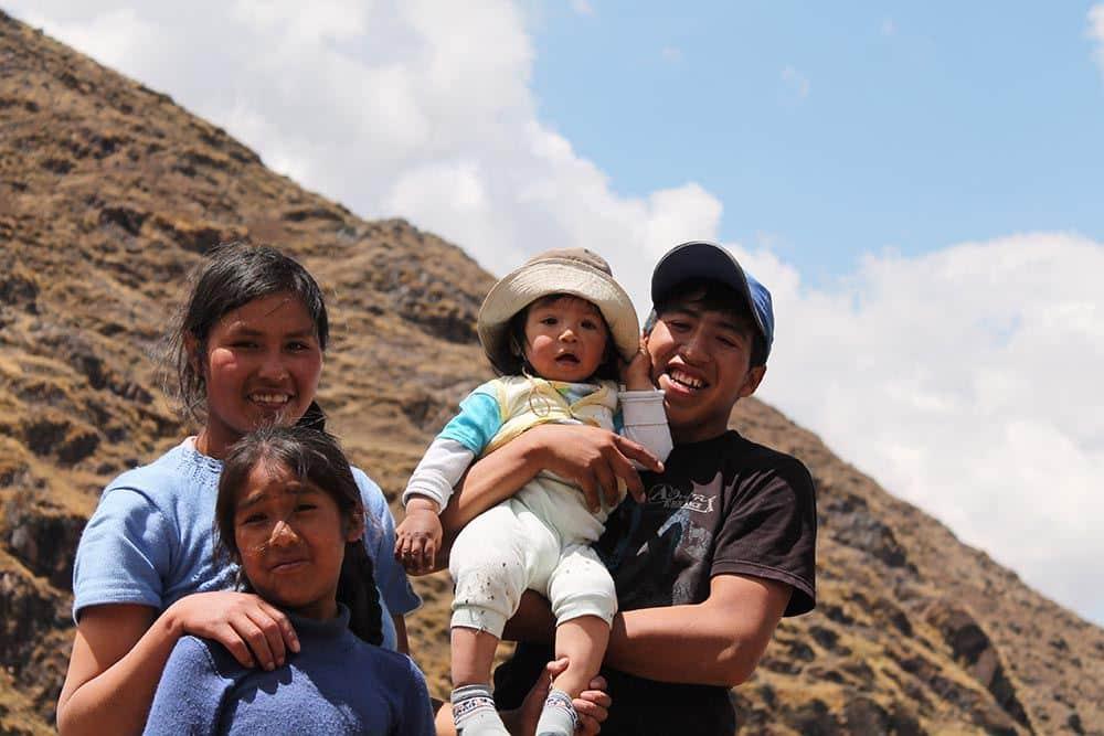 famille de tisseurs de la communauté d'Amaru - pitumarka