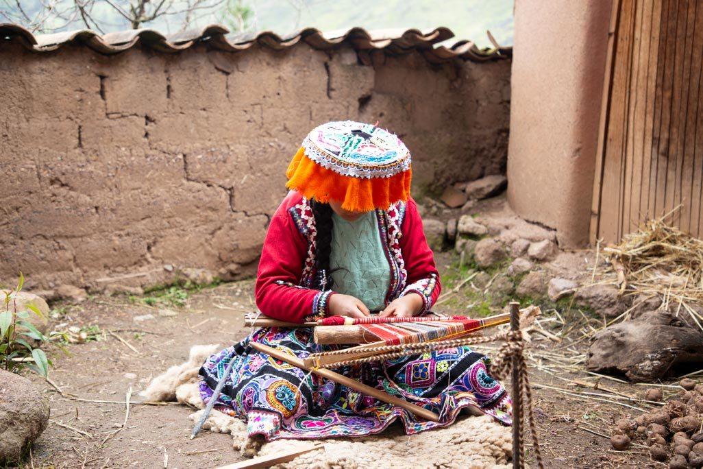 tisseur communauté Amaru - Pitumarka